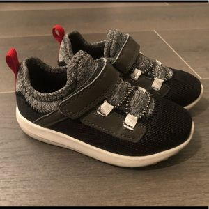 Carter's Toddler Boy Size 7 Shoes